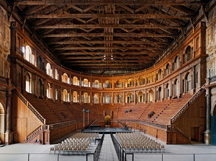 Ahmet Ertug Farnese Theater, Parma, 2016 Chromogenic print, flush-mounted. 70 7/8 x 95 1/4 in. (180 x 242 cm) Overall 81 1/2 x 106 in. (207 x 269.2 cm) - Photographs sale - Image courtesy of Phillips Estimate: $40,000 - 60,000