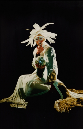 Cindy Sherman Untitled #296, 1994 Chromogenic print. 69 x 44 1/2 in. (175.3 x 113 cm) - Photographs sale - Image courtesy of Phillips Estimate: $180,000-220,000