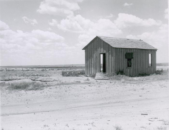 Drought-abandoned house on the edge of the Great Plains near Hollis, Oklahoma 1938 Dorothea Lange © The Dorothea Lange Collection, the Oakland Museum of California