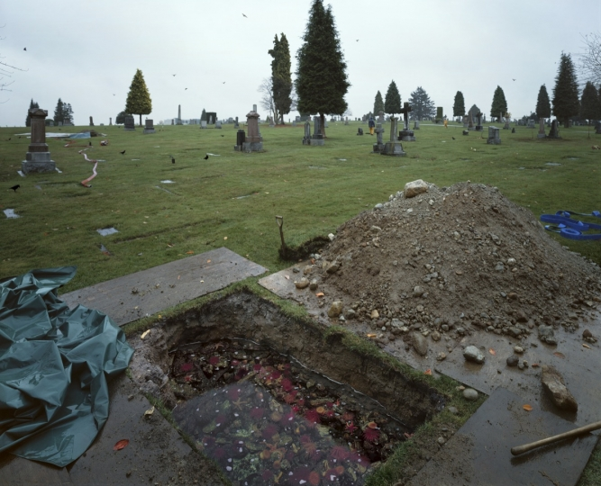 The Flooded Grave © Jeff Wall