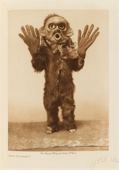 Hamí – Koskimo. - The North American Indian by Edward S Curtis - courtesy of Swann Auction Galleries