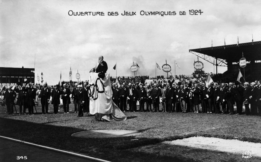Paris 1924 OG Opening Ceremony The delegations gathered in the Olympic stadium in Colombes. © 1924 Comité International Olympique CIO