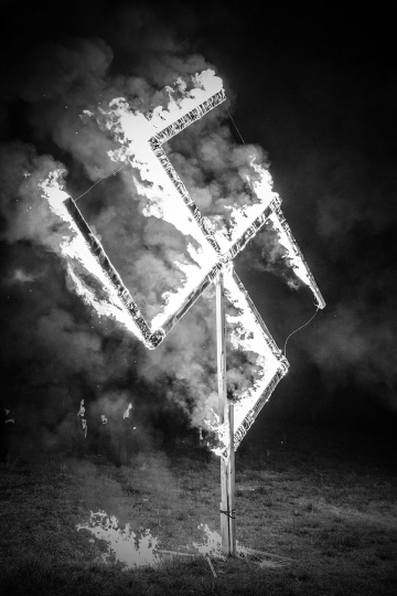 The National Socialist Movement held a rally in Newnan GA and a lighting ceremony in another town after the rally © Mark Peterson – Courtesy W. Eugene Smith Memorial Fund