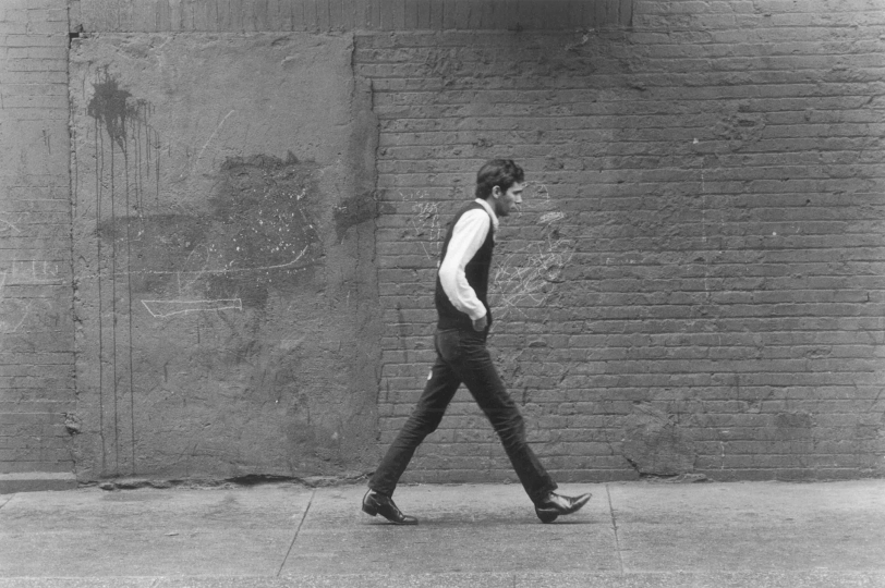 "From ""All the Lonely People"" sidewalk series, New York City, early 1960s © 2019 by Gert Berliner."