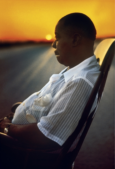 Louis Armstrong, Mojave Desert, 1958 - Art Kane: Harlem 1958: The 60th Anniversary Edition © Art Kane