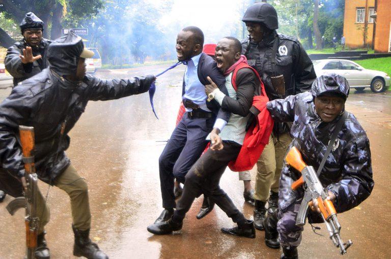 Le Prix de la photo de presse en Ouganda (UPPA) #1