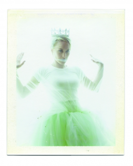 Patricia Arquette © Dewey Nicks – Polaroids of Women