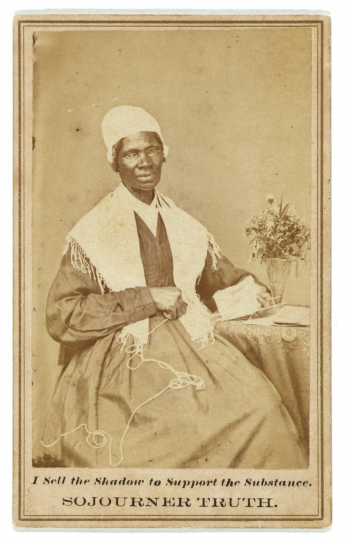 Sojourner Truth I sell the shadow to support the substance, 1864. 1 tirage photographique sur carte de visite mount: albumine; 10 x 6 cm Avec l'aimable autorisation de Library of Congress Prints and Photographs Division Washington, D.C. 20540 USA