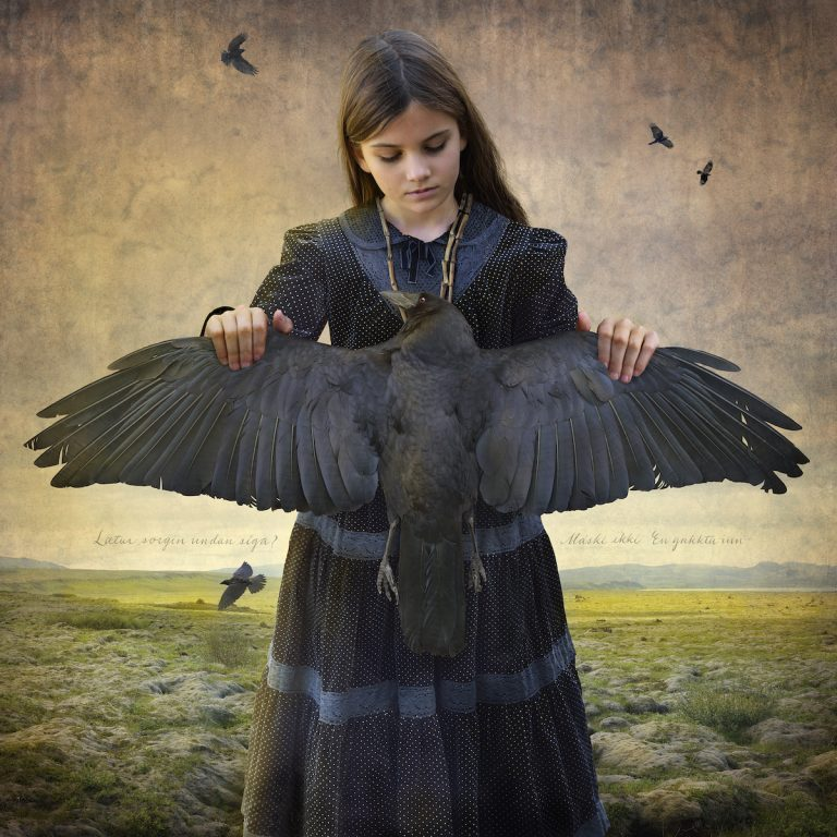Tom Chambers – Hearts and Bones / Coeurs et Os