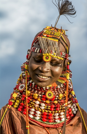 Turkana Bride, Kenya © Carol Beckwith & Angela Fisher