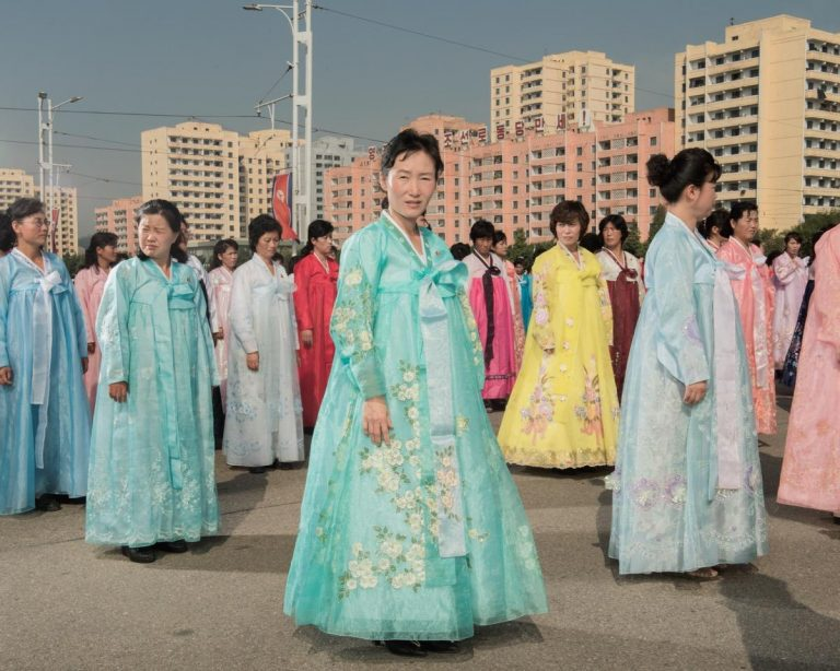 Stephan Gladieu – Corée du Nord – Real Portraitik #4 – Paris Photo 2018