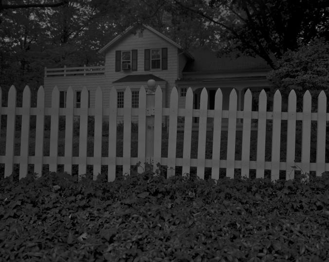 Untitled #1(Picket Fence and Farmhouse), 2017 © Dawoud Bey / courtesy Stephen Daiter Gallery, Chicago, Stephen Bulger Gallery, Toronto