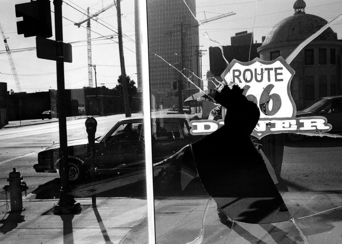 Edward Keating: MAIN STRƎƎT: The Lost Dream of Route 66