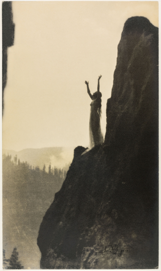 Incantation, 1905, gelatin silver print, 11 1/8 x 6 ½ inches. The Michael G. and C. Jane Wilson 2007 Trust