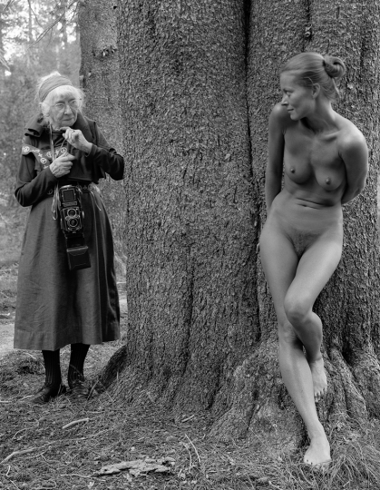 Judy Dater, Imogen and Twinka at Yosemite, 1974, gelatin silver print, 9 ½ x 7 ½ inches. Courtesy Judy Dater and Modernism, San Francisco