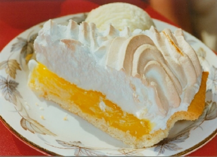 Lemon Meringue © Martin Parr