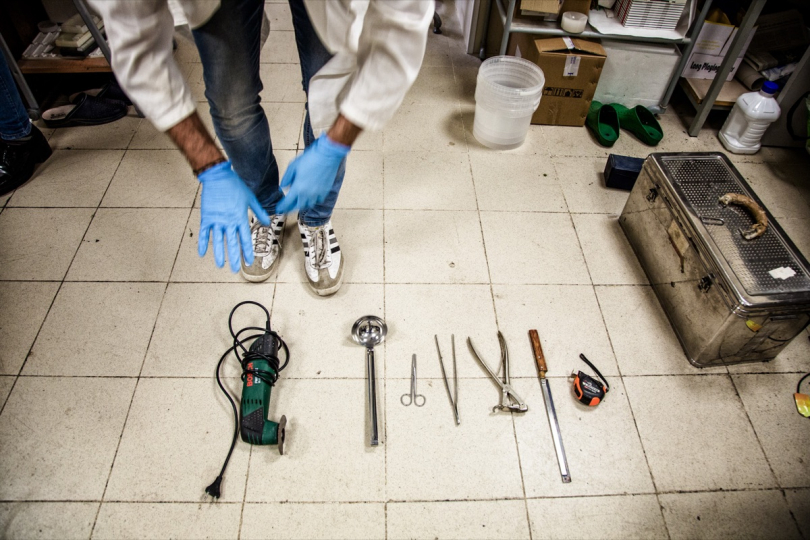 Daniele Daricello, autopsy technician of Palermo Policlinic, show his tools. This team is formed according to Disaster Victims Identification procedures © Max Hirzel