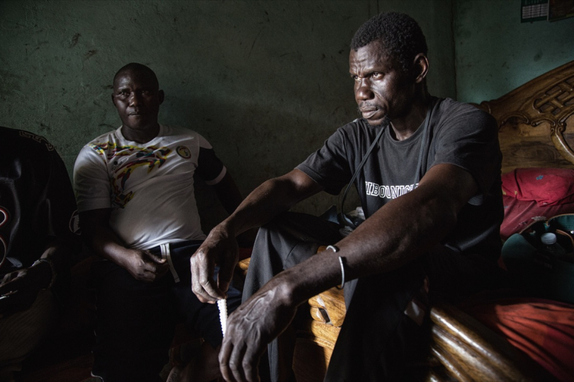 Ousmane and Abdou, Mamadou brothers, in their home in Soukouta, Senegal. A friend survivor informed them that Mamadou was in the same boat, on 18 April © Max Hirzel
