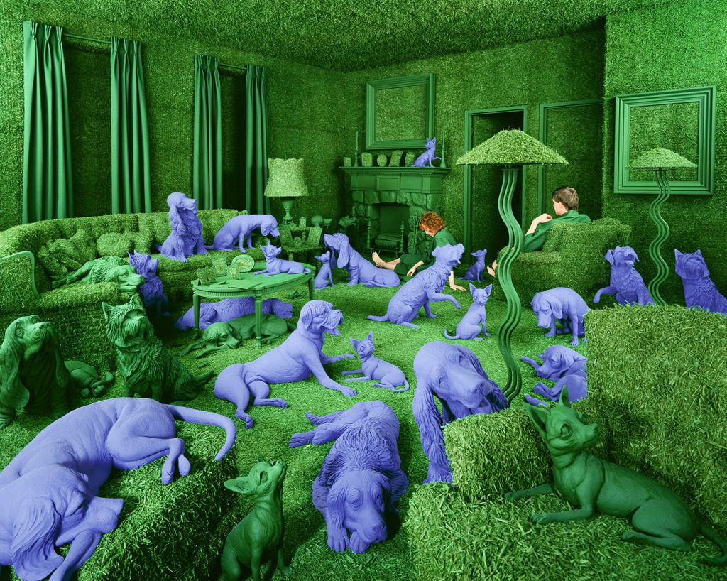 The Green House, 1990 ©Sandy Skoglund; color photograph, 117.5x150.5cm;  Cirillo collection, Brescia; courtesy Paci contemporary gallery (Brescia – Porto Cervo, IT)
