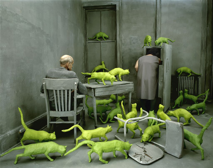 Radioactive Cats, 1980 ©Sandy Skoglund; color photograph, 64.7x83.8cm; Molgora collection, Brescia; courtesy Paci contemporary gallery (Brescia – Porto Cervo, IT)