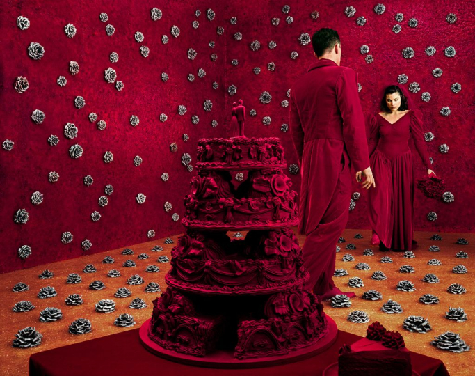The Wedding, 1994 ©Sandy Skoglund; color photograph, 96.5x122cm; Cirillo collection, Brescia; courtesy Paci contemporary gallery (Brescia – Porto Cervo, IT)