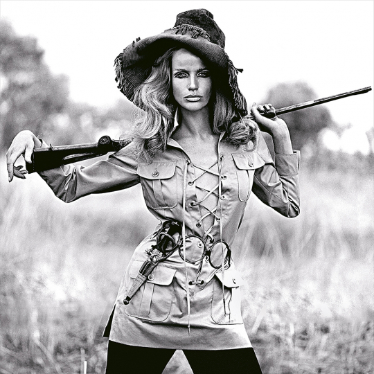 Franco Rubartelli Veruschka, Safari dress by Yves Saint Laurent, 1968 Courtesy Ira Stehmann Fine Art