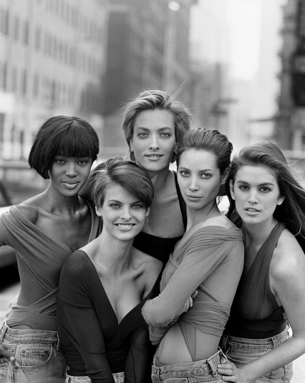 The SUPERMODELS From left to right: Naomi Campbell, Linda Evangelista, Tatjana Patitz, Christy Turlington and Cindy Crawford, NEW YORK, USA, 1989 © Peter Lindbergh