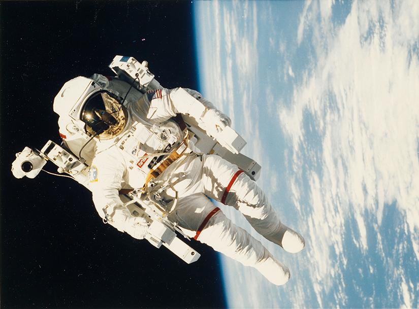 Enchère photo Archives photos de la NASA en vente à Swann Auction Galleries