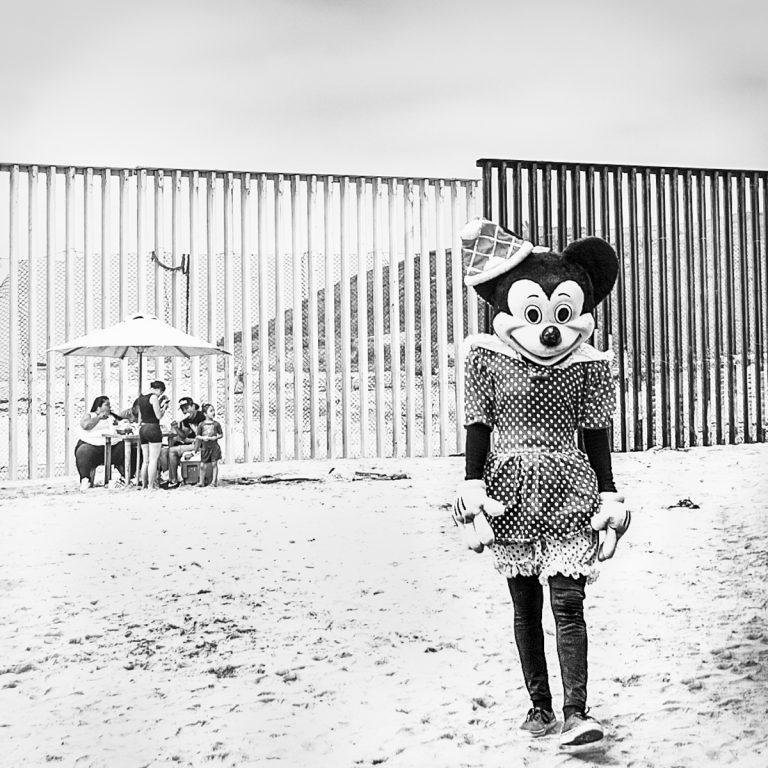 Alain Licari - Your Wall. Our Lives