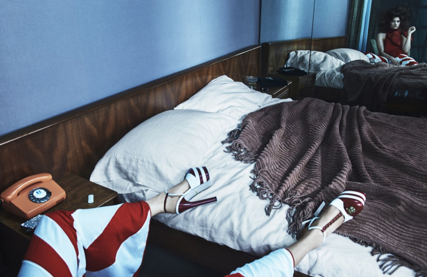 Julia in Bed with Gucci Heals 2015 © Emma Summerton / Christophe Guye Galerie