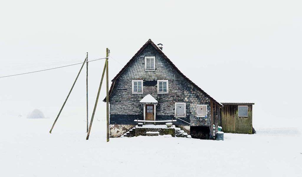 Patrick Lambertz: Châlets of Switzerland