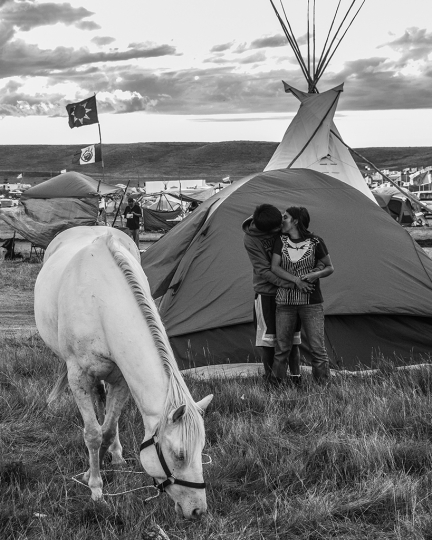 Young Love, Standing Rock, 2016 © Ryan Vizzions – Courtesy Monroe Gallery of Photography
