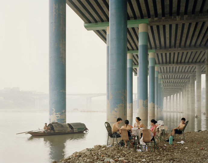 Chongqing IV (Sunday Picnic), Chongqing Municipality, 2006 © Nadav Kander - Courtesy of Flowers Gallery