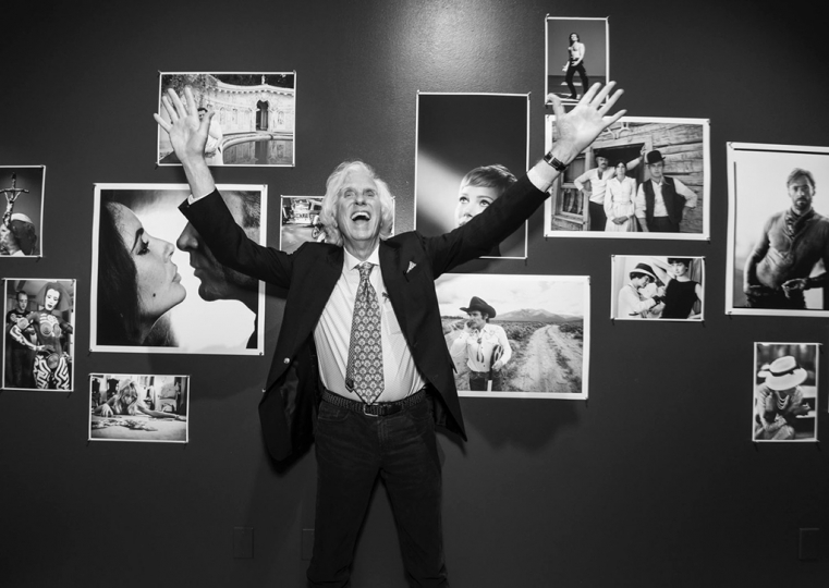 Douglas Kirkland at opening reception of his exhibition at Palos Verdes Art Center, March 9, 2019. Photo by Monica Orozco, courtesy of Palos Verdes Art Center.
