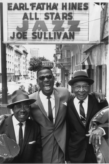 William Claxton Earl 'Fatha' Hines Center, Jimmy Archey (left), Pops Foster (right), San Francisco 1960 © William Claxton courtesy Galerie Bene Taschen