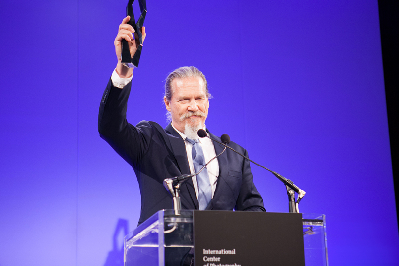 Honoree Jeff Bridges accepting the Special Presentation Award at the 2013 Infinity Awards. Courtesy International Center of Photography. Photo by Image Singuliere.