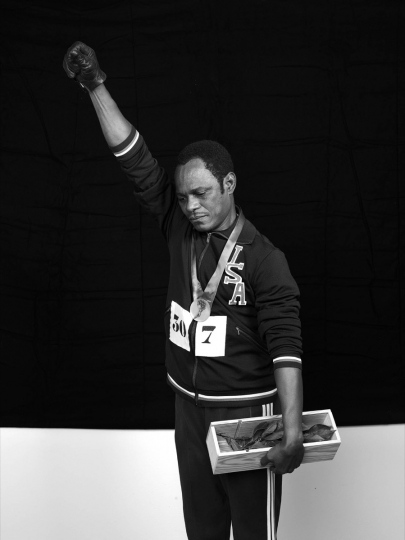 Tommie Smith © Samuel Fosso