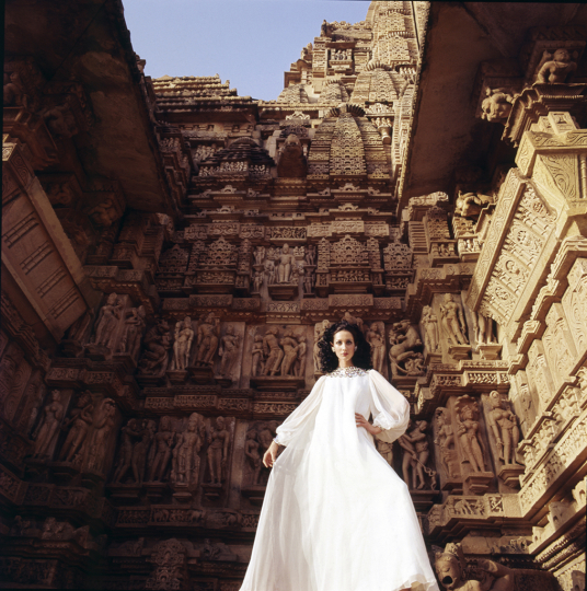 India © Henry Clarke – Courtesy Louis Vuitton Editions