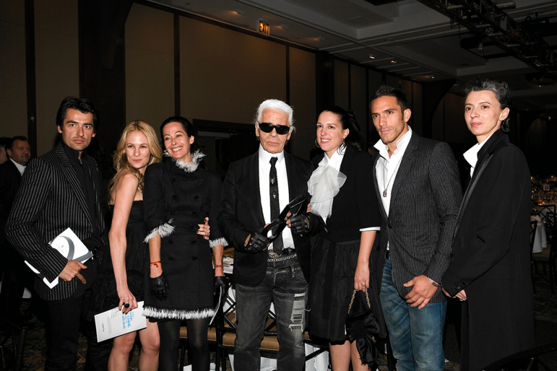 : ICP Trustee Award Honoree Karl Lagerfeld with guests at the 2007 Infinity Awards. Courtesy International Center of Photography. Photo by Stephanie Badini.