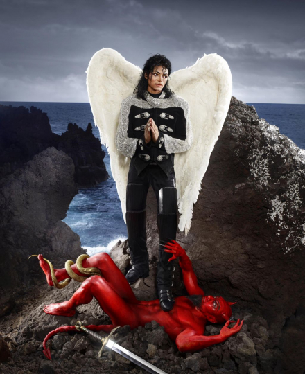 Archangel Michael: And No Message Could Have Been, Hawaii 2009 Any Clearer, 2009 ©David LaChapelle; Chromogenic print; 152,4x 114,3