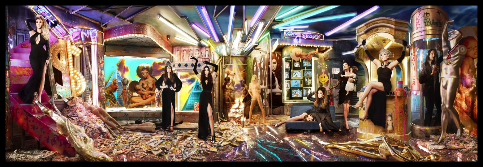 Showtime at the Apocalypse. Los Angeles 2013. Kardashian Christmas, 2013 ©David LaChapelle; Chromogenic Print; 101,06 x 306,71