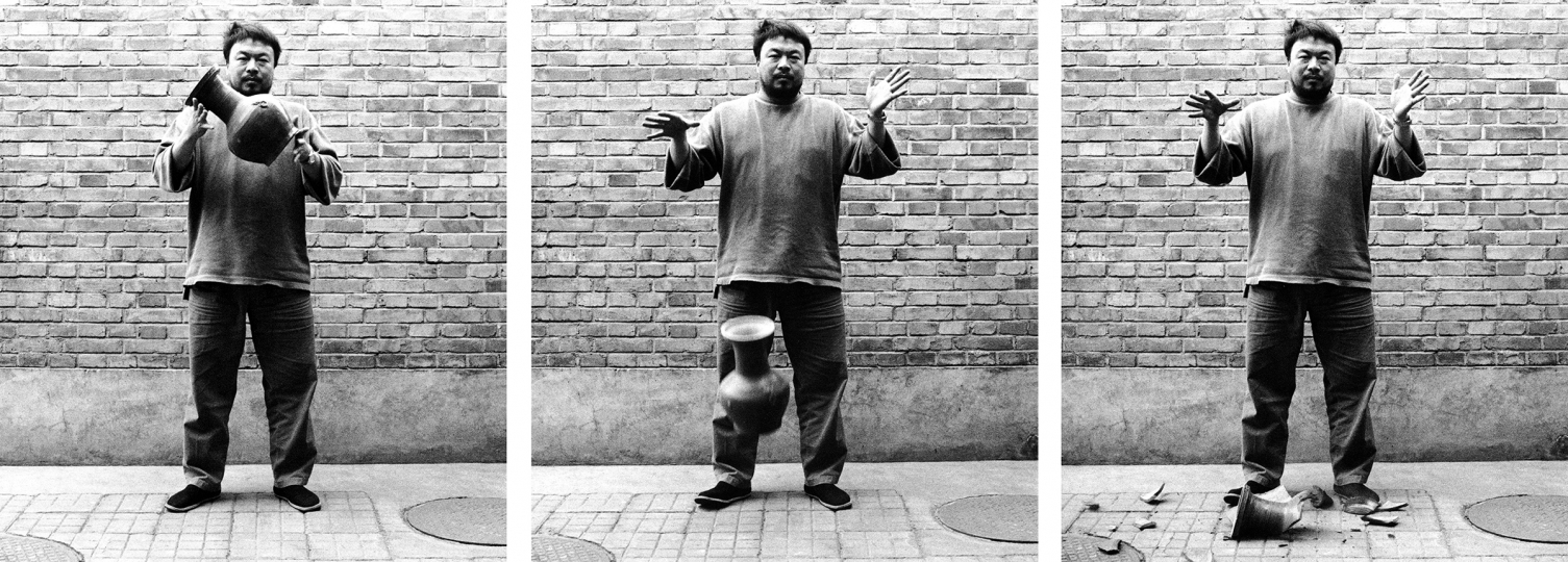 Ai Weiwei, Dropping a Han Dynasty Urn, 1995. © The artist. Courtesy the artist and Lisson Gallery.