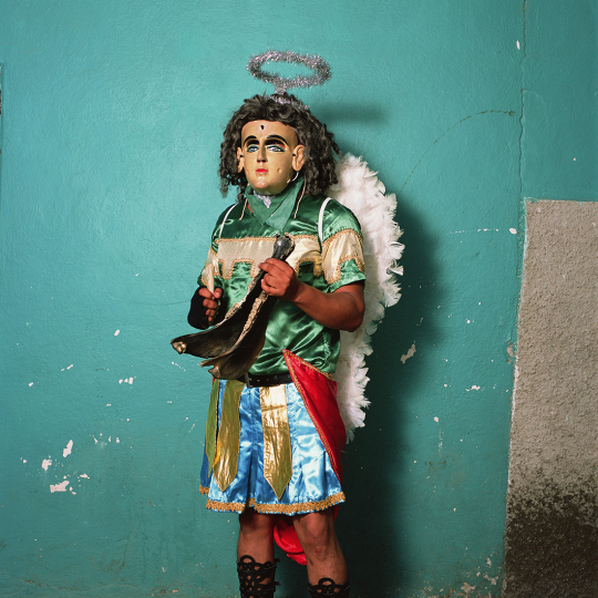 Angel with Charrasca Equine Jawbone Instrument, Mochitlán 2017 © Phyllis Galembo