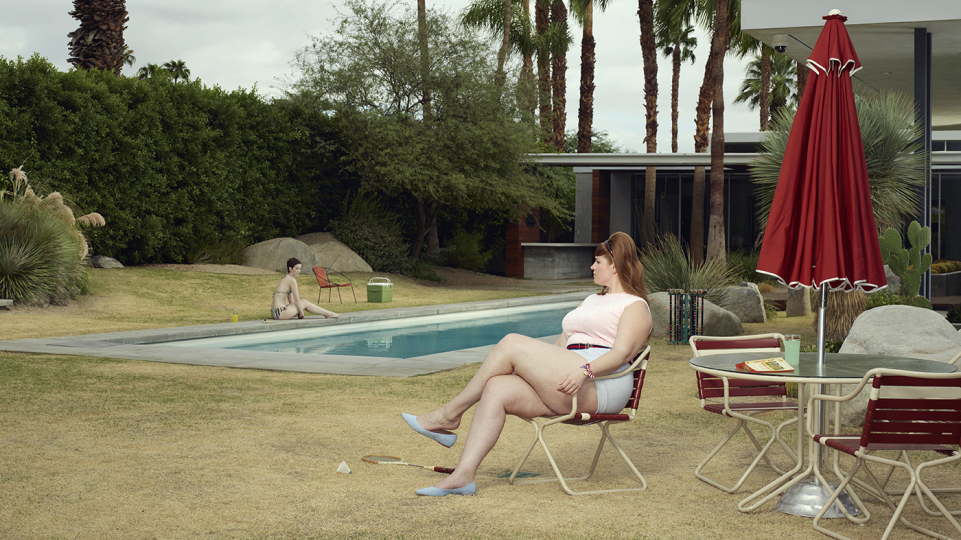 Palm Springs - At The Pool 2018 © Erwin Olaf, Courtesy Galerie Rabouan Moussion