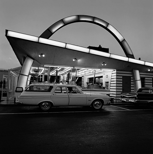 McDonalds, 1975 © Roger Minick – Courtesy Joseph Bellows Gallery