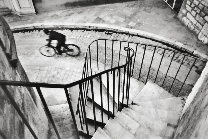 © Henri Cartier-Bresson – Courtesy Peter Fetterman Gallery and Leica Gallery Los Angeles