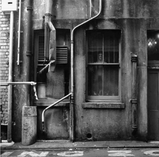 "Theatre Lane, Auckland 1973 © Gary Baigent – From ""The New Photography"""