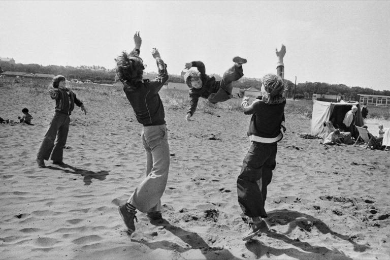 Markéta Luskačová - By the Sea: Photographs from the North East, 1976-1980