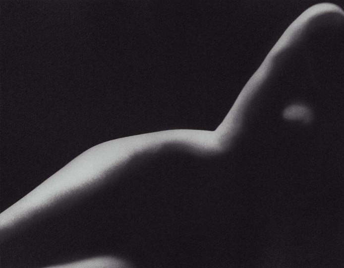 Gill (Side Nude), 1997 © Barnaby Hall – Courtesy Robin Rice Gallery