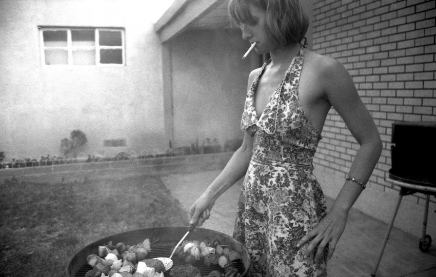Sarah's BBQ, Fourth of July, 1995 © Melissa Incampo – Courtesy Robin Rice Gallery